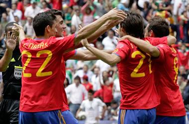 La estrella de España se muestra invatible. Mexico (1) - España (1)