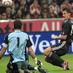 Iker pone tierra de por medio.Bayer (0) - Real Madrid (0)