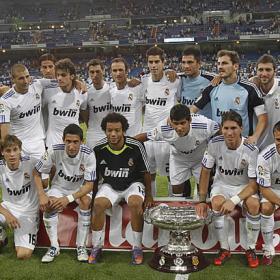 El Trofeo Bernabeu, se queda en casa. Real Madrid (2) - Peñarol (0)