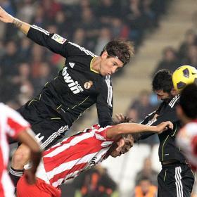 Un empate que nos aleja del objetivo. Almeria (1) - Real Madrid (1)