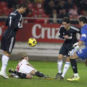 Benzema pone precio al 9. Sevilla (0) - Real Madrid (1)