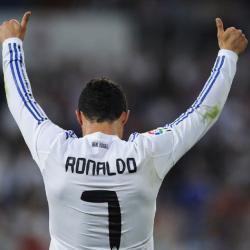 Un dulce para terminar el campeonato. Real Madrid 8 - Almeria 1